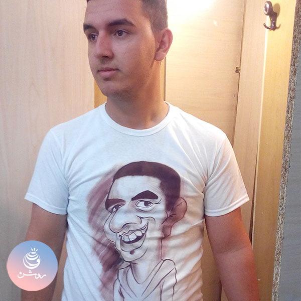 کاریکاتور چهره روی تی شرت ۲