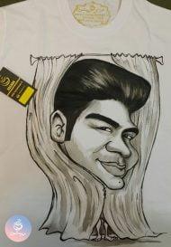 کاریکاتور چهره روی تیشرت برای پرده فروش