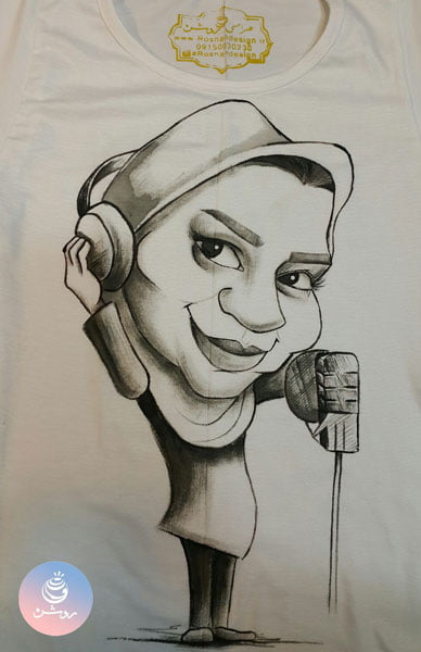 سفارش کاریکاتور چهره خانم دوبلور روی تیشرت