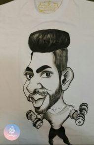 سفارش کاریکاتور چهره دوست بدنساز روی تیشرت