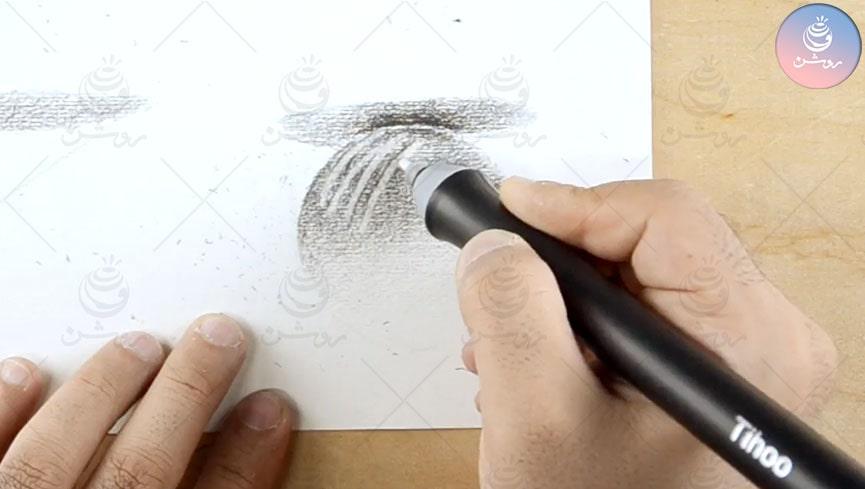 پاک کن برقی تیهو یا پاک کن برقی درونت، برای طراحی سیاه قلم کدام را بخریم؟